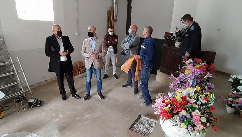 Талић и Рогић обишли радове у Спомен соби
